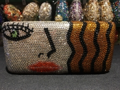 Factory Directly Wholesale Beauty Pattern Crystal Clutch Evening Bag IF-CE52172