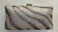 Hot Fixed Black and Clear Crystals Bi-color Evening Bags China Crystal Evening Bags Clutches HH-HF17725